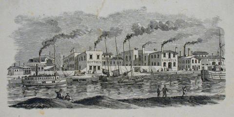 Paysage industriel en gravure : des bateaux circulent dans un canal bordé d'usines qui fument.